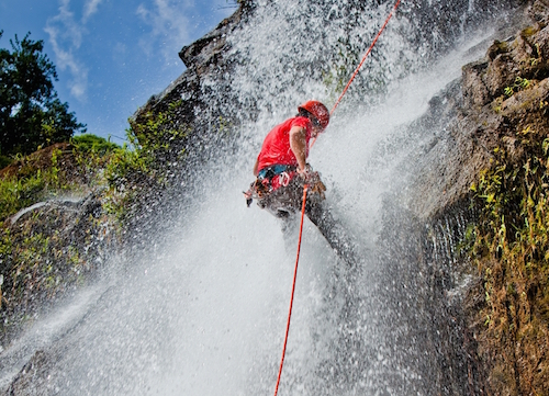 Waterfall Rappelling Bocawina, Belize